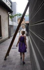 народные суеверия проходить под лестницей
